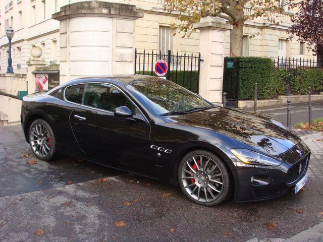 mmc paris m caniques modernes classiques voitures de sport prestige et luxe aston martin. Black Bedroom Furniture Sets. Home Design Ideas